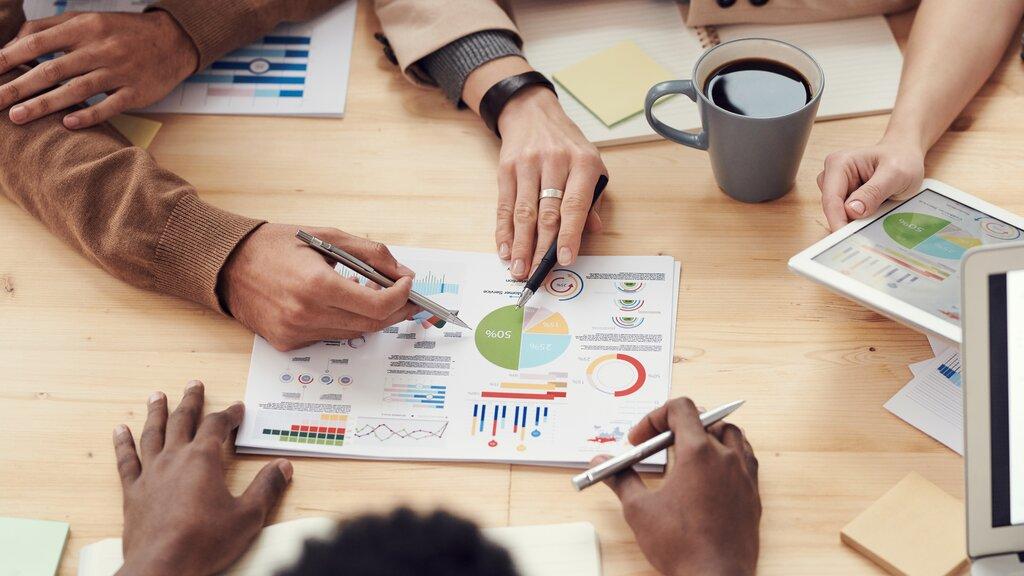 Membahas business plan